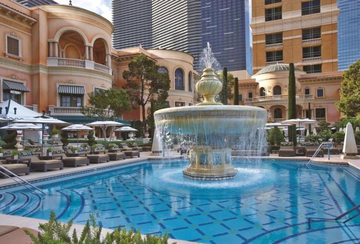 Bellagio Cypress Fountain Pool | Suites at Bellagio