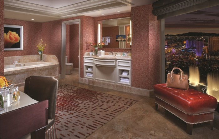 Cypress Suite Bathroom | Suites at Bellagio