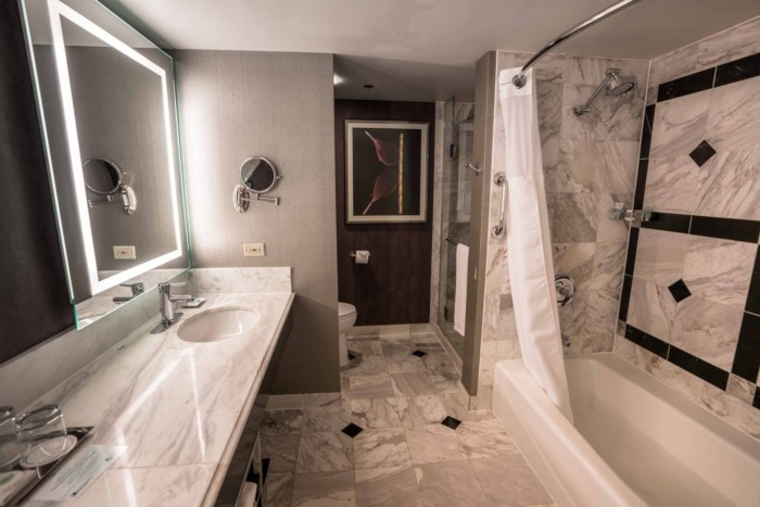 Executive Queen Bathroom | Suites at MGM Grand Hotel & Casino