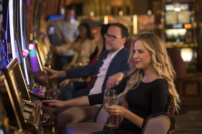 High Limit Slots | Suites at Golden Nugget Las Vegas Hotel & Casino