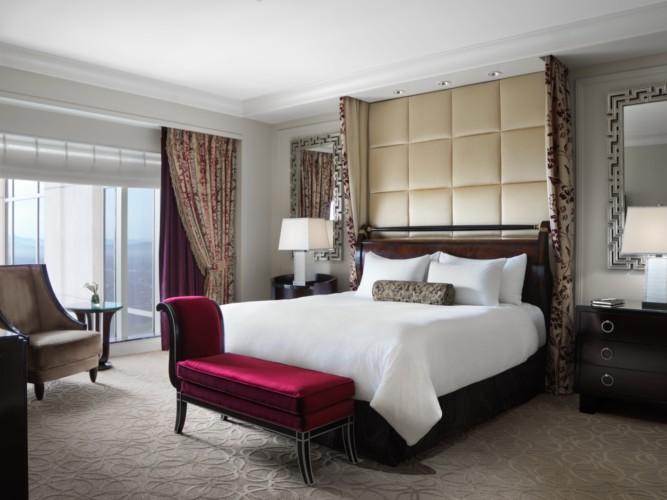 https://suiteness.imgix.net/destinations/las-vegas/the-palazzo-resort-hotel-casino/suites/siena-prestige-suite-luxury-prestige/siena-bedroom.jpg?w=96px&h=64px&crop=edges&auto=compress,format