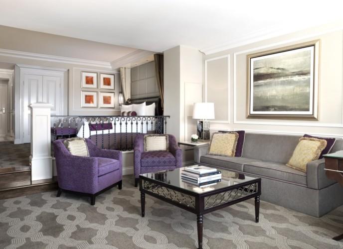 https://suiteness.imgix.net/destinations/las-vegas/the-venetian-resort-hotel-casino/suites/luxury-view-suite-luxury-view-suite/venetian-luxury-livingroom.jpg?w=96px&h=64px&crop=edges&auto=compress,format