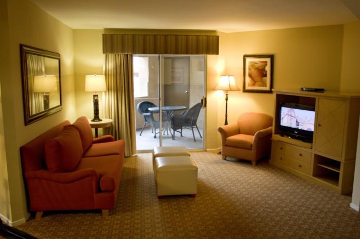 https://suiteness.imgix.net/destinations/las-vegas/desert-paradise-resort/suites/two-bedroom-suite/living-room.jpg?w=96px&h=64px&crop=edges&auto=compress,format