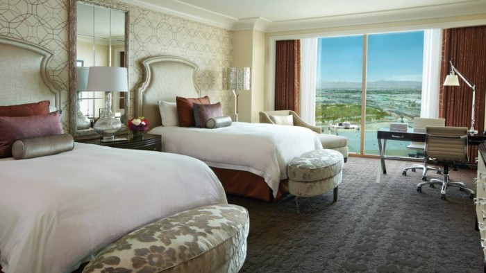 https://suiteness.imgix.net/destinations/las-vegas/four-seasons-hotel-las-vegas/suites/one-bedroom-suite-king-deluxe-doubles/deluxe-double-bedroom.jpeg?w=96px&h=64px&crop=edges&auto=compress,format