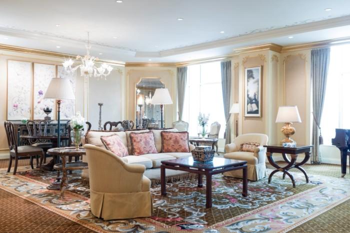 https://suiteness.imgix.net/destinations/las-vegas/the-venetian-resort-hotel-casino/suites/two-bedroom-penthouse-suite/living-area.jpg?w=96px&h=64px&crop=edges&auto=compress,format