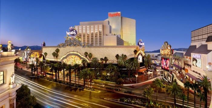 https://suiteness.imgix.net/destinations/las_vegas/harrahs_hotel_and_casino_las_vegas/harrahs-hotel-casino-las-vegas.jpg?w=96px&h=64px&crop=edges&auto=compress,format