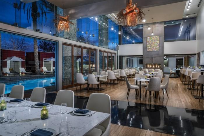 Laguna Pool House   Suites at The Palms Casino Resort
