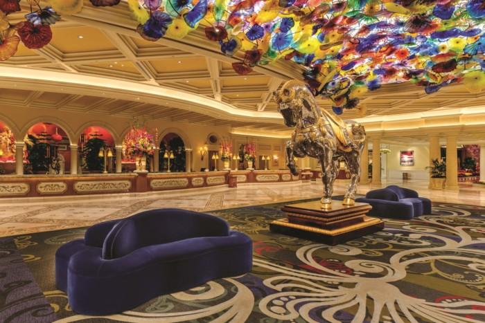 Lobby | Suites at Bellagio