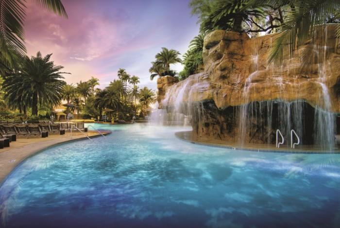 Mirage Pool Lagoon | Suites at Mirage Resort & Casino