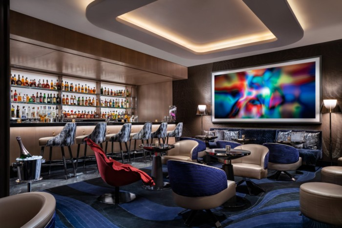 MRCOCOLong Bar | Suites at The Palms Casino Resort