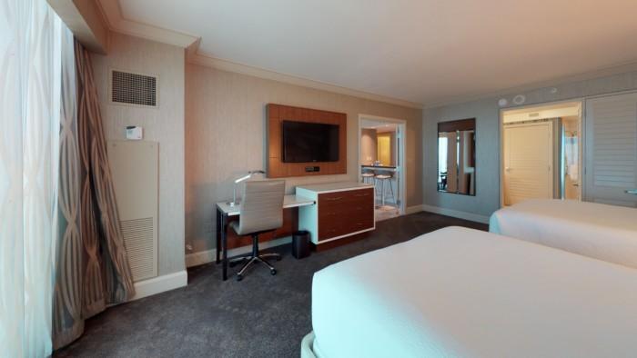 Picture of 1 Bedroom Penthouse Sky View Queen Suite