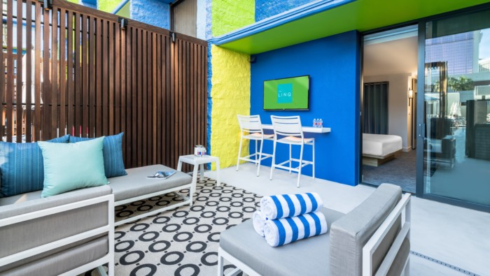 Picture of Deluxe Poolside Cabana | 2 Doubles