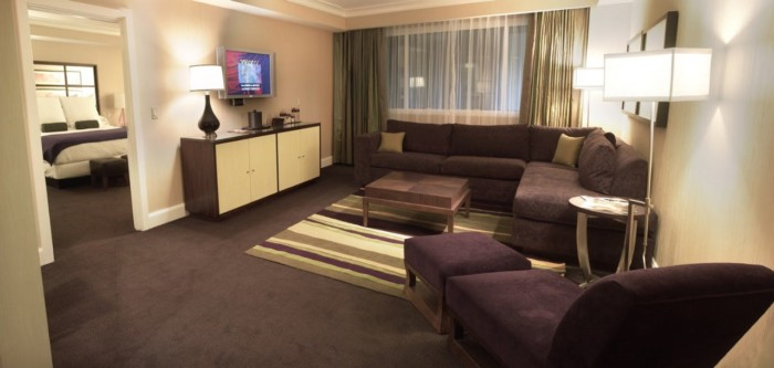 Picture of Forum Petite Suite + 2 Queens