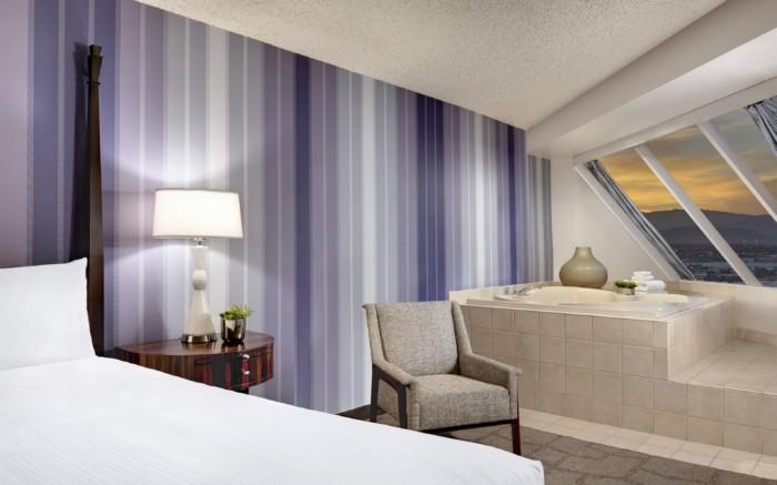 Picture of Pyramid Premium Corner King Suite + Pyramid Premium Corner Queen Suite