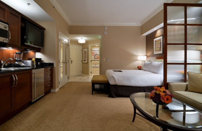 Picture of Signature Balcony Deluxe Suite