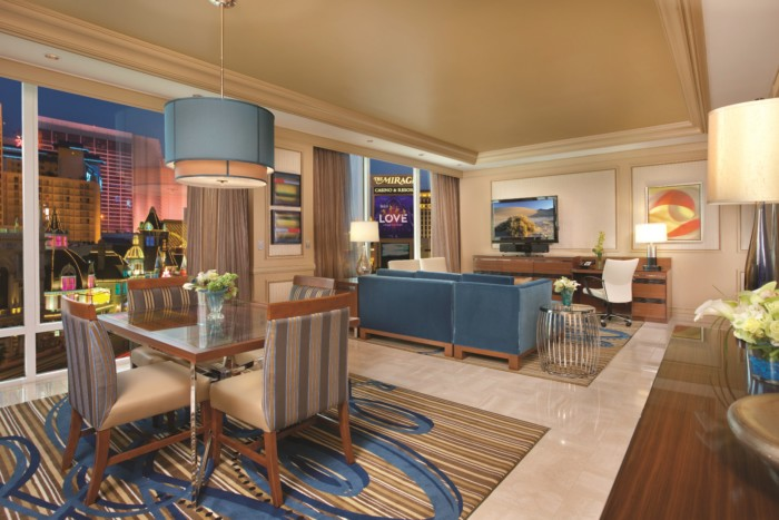 Picture of Two Bedroom Tower Suite