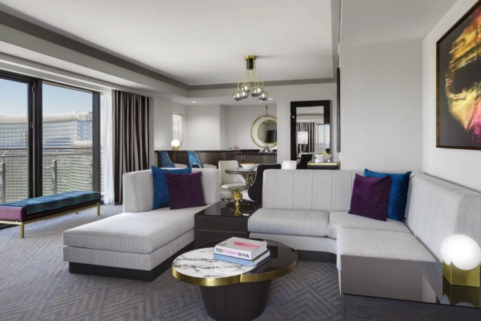 Picture of Wraparound Fountain View Terrace Suite