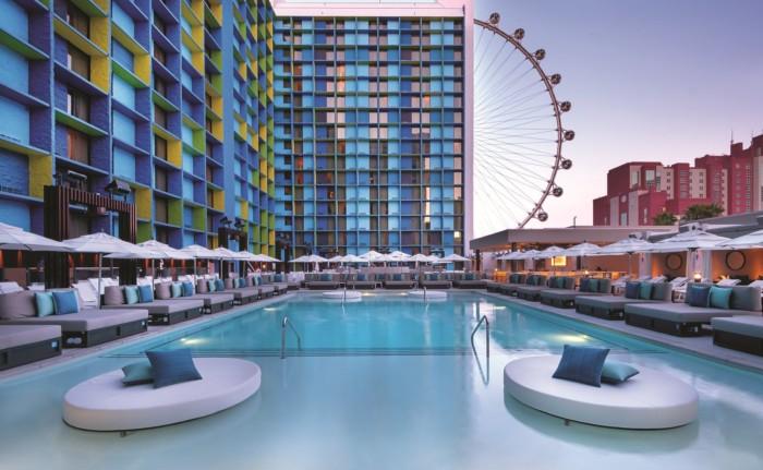 Pool | Suites at The LINQ Hotel & Casino