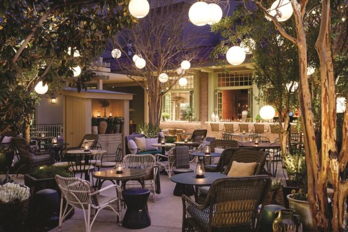 Primrose Outside Dining | Suites at Park MGM Las Vegas