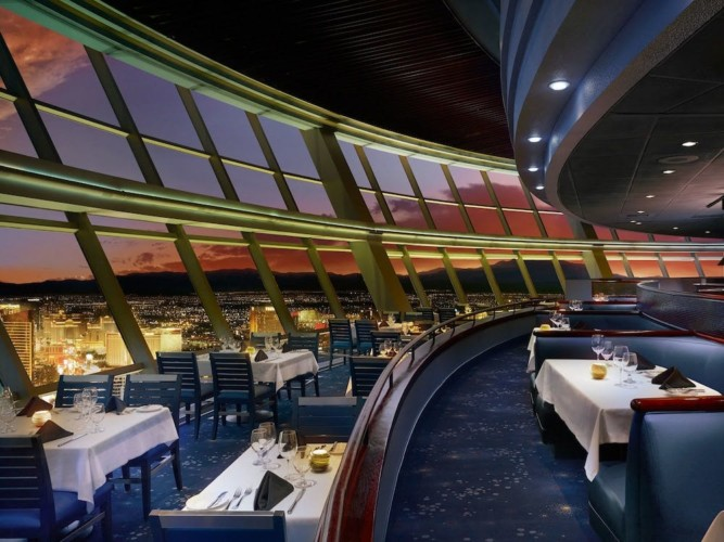 Restaurant | Suites at Stratosphere Hotel, Casino & Tower, BW Premier Collection