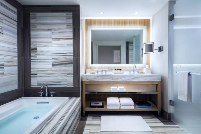 Salon Suite Bathroom | Suites at The Palms Casino Resort